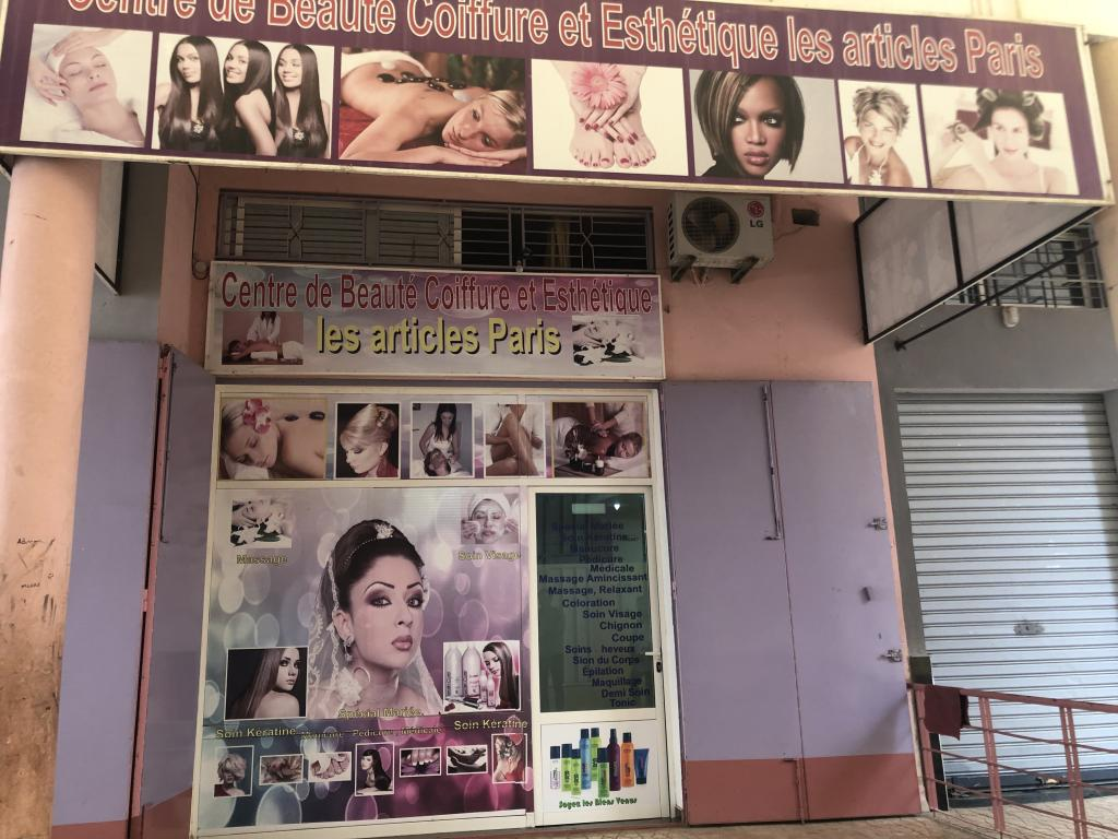 Local Commercial salon de coiffure